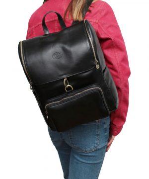 Zaino in pelle artigianale donna Made in Italy nero zaino per lavoro e computer con chiusura a gancio