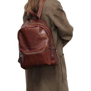 Zaino donna in pelle marrone zaino artigianale Firenze chiusura con cerniera tasca esterna