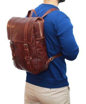Zaino in cuoio marrone Made in Italy zaino uomo per lavoro e computer chiusura con cerniera