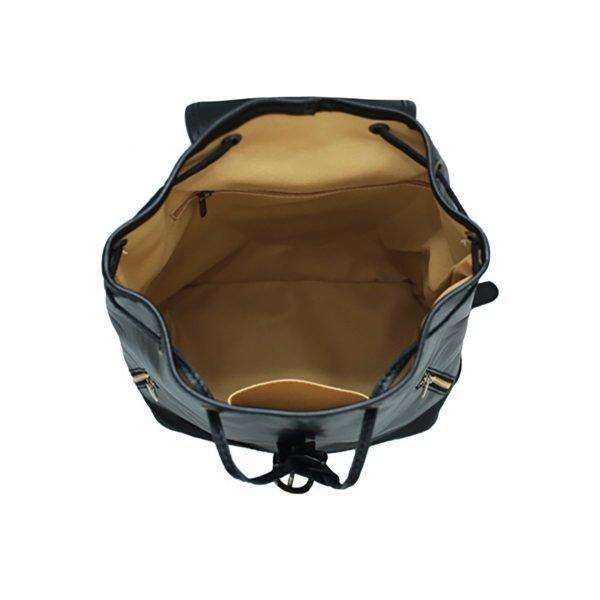 Interno compartimenti zaino pelle nero donna tasche e cerniere interne zaino artigianale