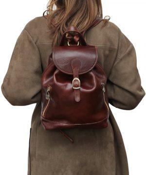 Zainetto piccolo donna marrone vera pelle cuoio Firenze apertura sicura zaino artigianale fatto a mano in Italia