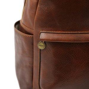 Zaino Made in Italy e artigianale in cuoio marrone.