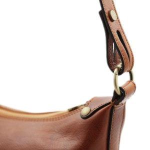 Borsa donna a mano trasformabile in borsa a spalla In pelle miele Made in Italy e artigianale.