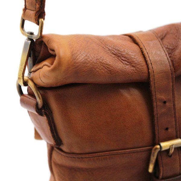 Borsello da uomo - Borsa pelle uomo - una sacca a tracolla