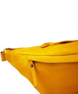 Marsupio giallo in pelle artigianale Made in Italy.