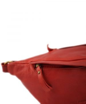 Marsupio in pelle rosso. Marsupio Made in Italy e artigianale.