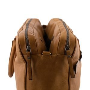 Lato borsa in pelle cuoio - interno borsa in pelle cuoio - interno cartella lavoro
