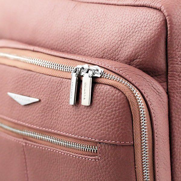 Zaino Fantini rosa in pelle artigianale e Made in Italy.